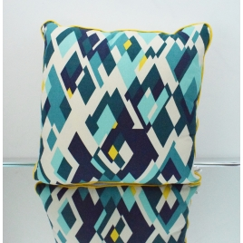 Coussin géométrique carré camaïeu de bleu et jaune