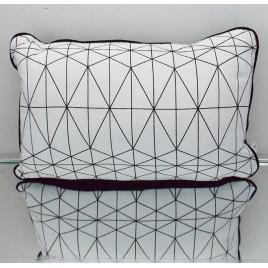 Coussin rectangle géométrique noir et blanc